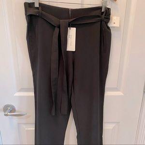 NWT Shine star Women's black dress pants withTie belt.Large